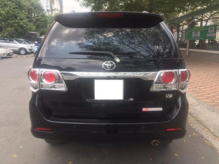 Bán xe Fortuner bản V đời 2013 màu đen