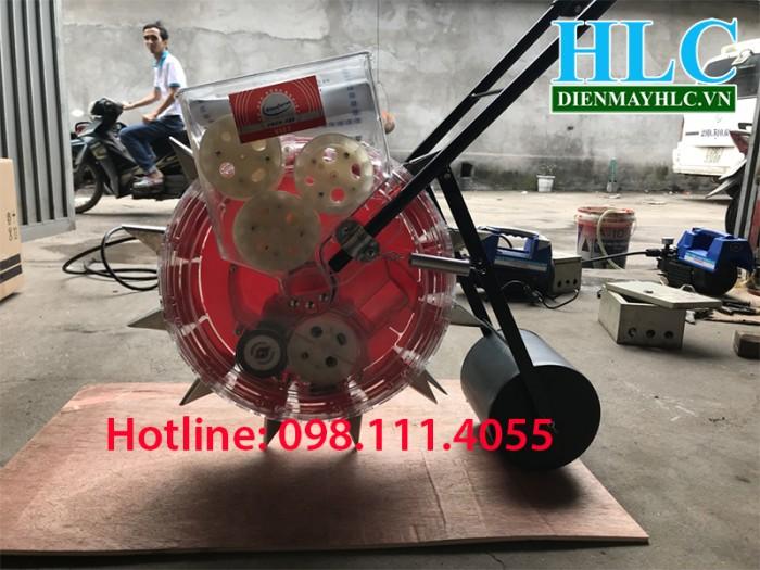 Máy gieo hạt lạc Vinafam VNGH-9894