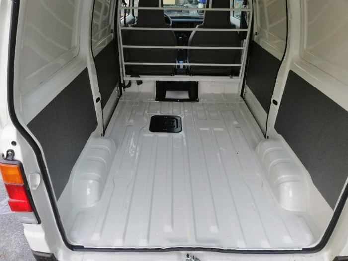 Suzuki Blind Van tải trọng 580kg tại Cần Thơ 7