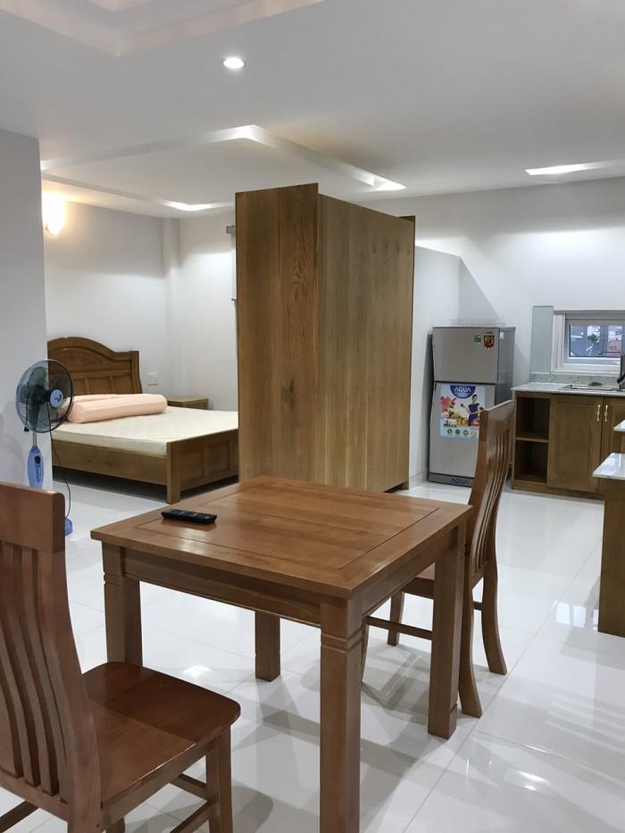 Cho thuê căn hộ dịch vụ mới, 50m2, full nội thất, LH 0964387007 gin