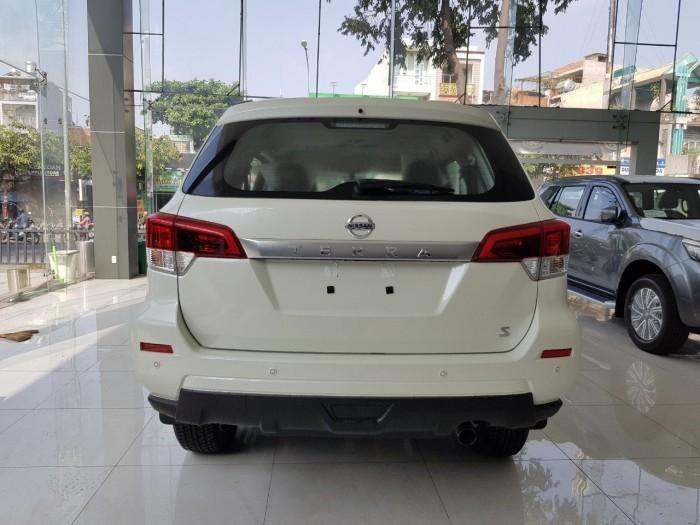 Nissan Terra 7 Chổ Số Sàn Máy Dầu, 2.5 turbo, màu trắng, giao ngay 1