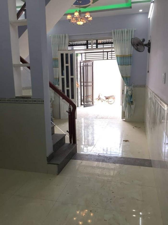 Nhà ngã Ba Giòng, 4 x 13m 2 phòng ngủ, shr.