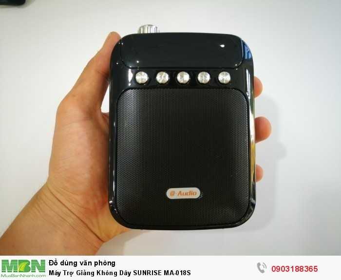LOA BLUETOOTH KARAOKE M18 hỗ trợ kết nối qua Bluetooth, USB, Thẻ nhớ ...2