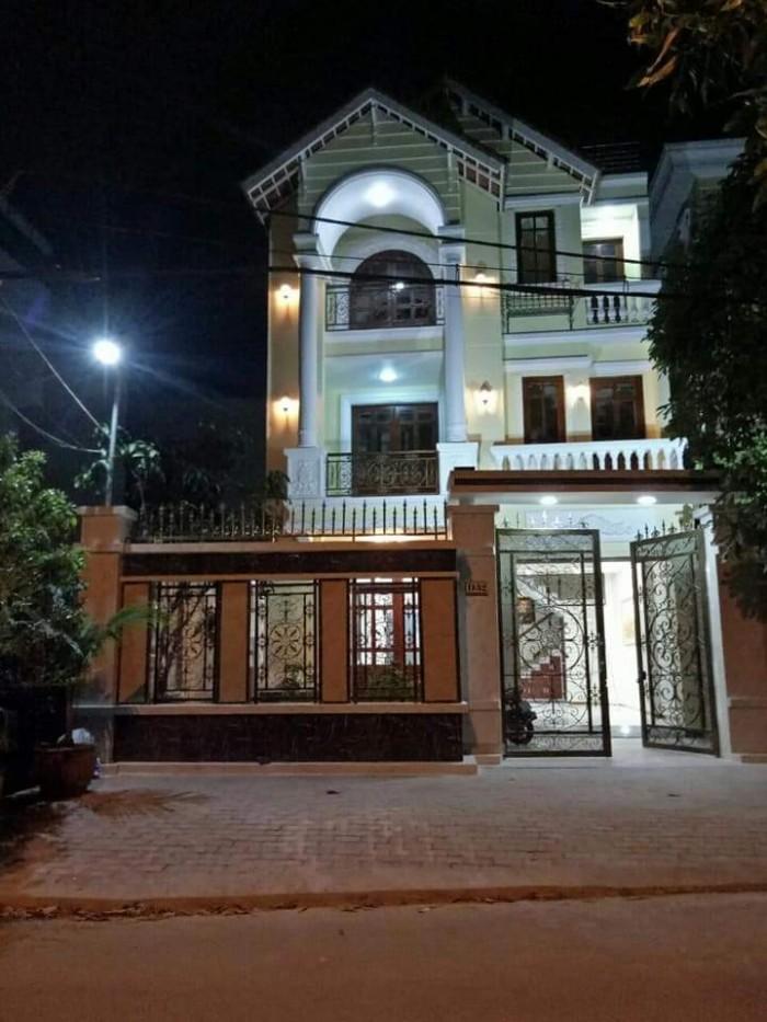 bán biệt thự KDC nam Long, Phú Thuận, 8x25m