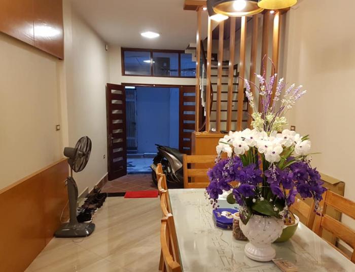 Bán nhà phố Yên Hòa, nhà đẹp, hiện đại, nội thất xịn.