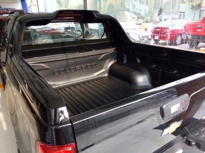 Chevrolet Colorado 1 cầu số sàn xe có sẵn giao ngay