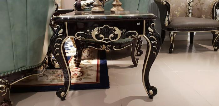 mẫu bàn trang trí phong cách châu âu Q1 Q2 Q70