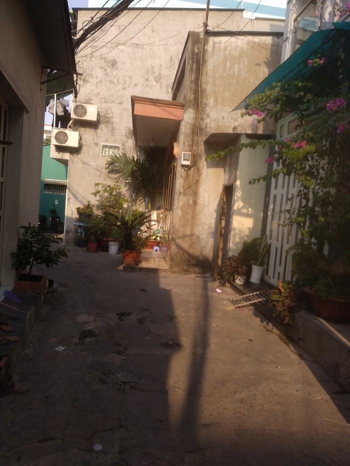 Nhà lầu mới vô ở ngay đường Nguyễn Văn Dưỡng Tân Phú