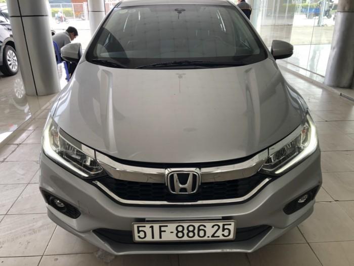 Bán Honda City TOP 1.5CVT màu bạc số tự động sản xuất 2017 biển Sài Gòn đi 37000km