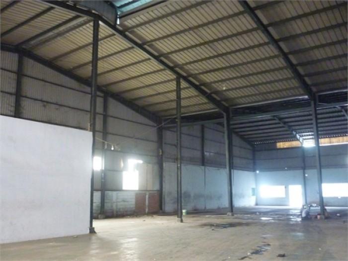 Cần tiền trả nợ bán gấp xưởng 760m2 ngay mặt tiền Võ Văn Kiệt Q6