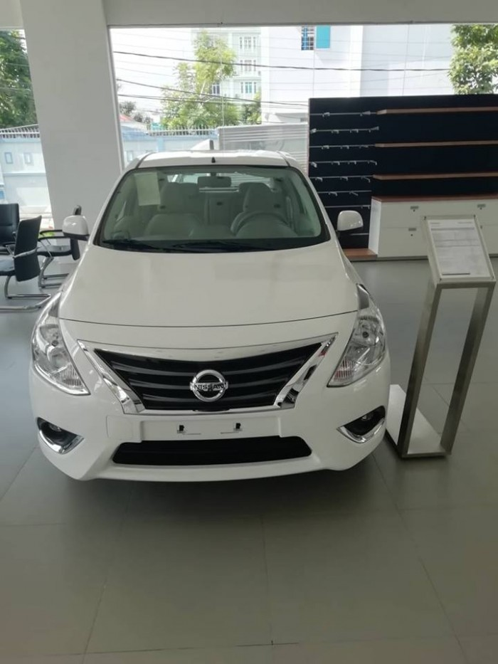 Nissan sunny giá cực sốc 5
