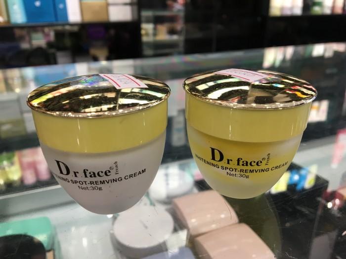 Kem vỗ bong da mặt trị nám tàn nhang Dr FACE (1 cặp)