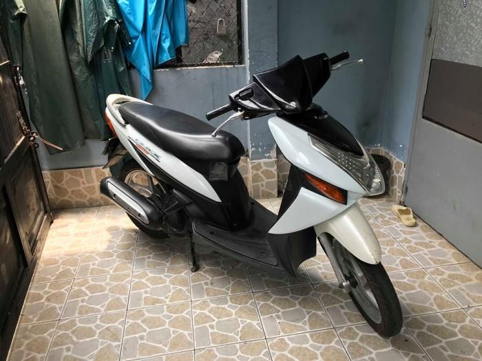 Xe Click 110 BSTP. màu trắng đen. ngay chủ 4