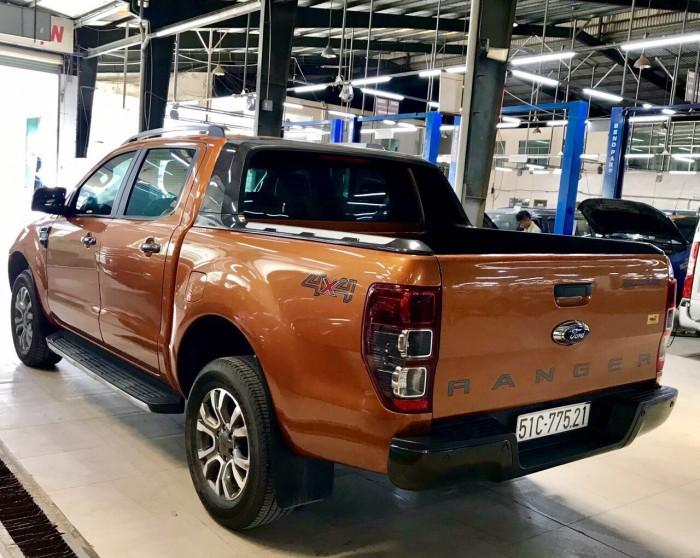 Ranger Wildtrak 3.2, 2016, số tự động, màu đỏ cam, xe đẹp từ trong ra ngoài