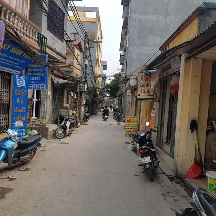 Đất Thạch Bàn, Long Biên chỉ hơn 2 tỷ, ô tô vào.