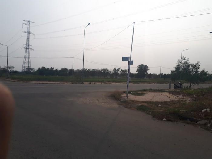 Bán 100m2 đất thổ cư mặt tiền đường Đổ Văn Dậy, Hóc Môn