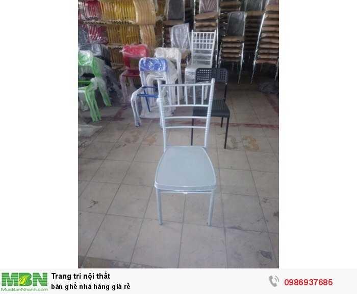 Bàn ghế nhà hàng giá rẻ4