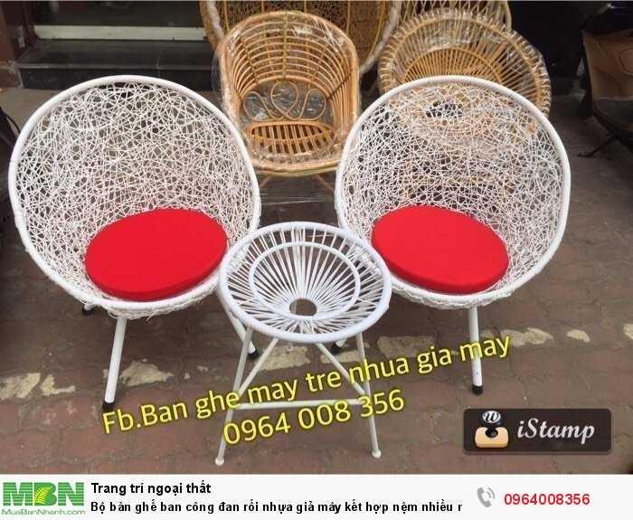 Bộ bàn ghế ban công đan rối nhựa giả mây kết hợp nệm nhiều màu2