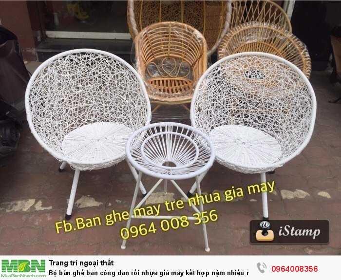 Bộ bàn ghế ban công đan rối nhựa giả mây kết hợp nệm nhiều màu3