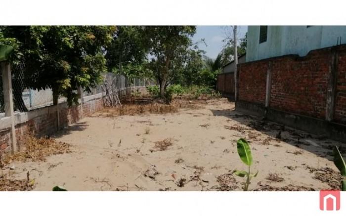 Cần xoay vốn đầu tư cần bán đất 957m2 MT QL50 giá chỉ từ 3.5tr/m2