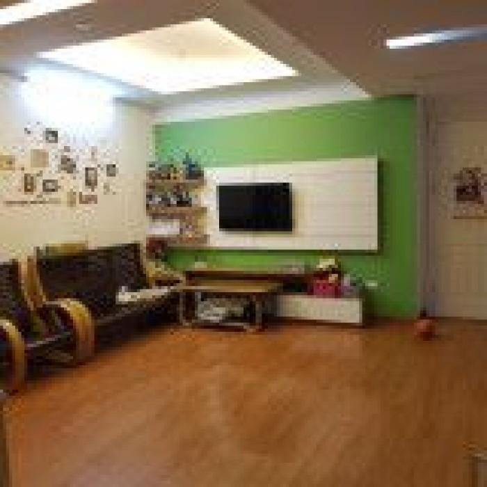 Bán gấp căn hộ Vp3 Linh Đàm, 92, 3m2 full nội thất, 3 ngủ, giá cực rẻ