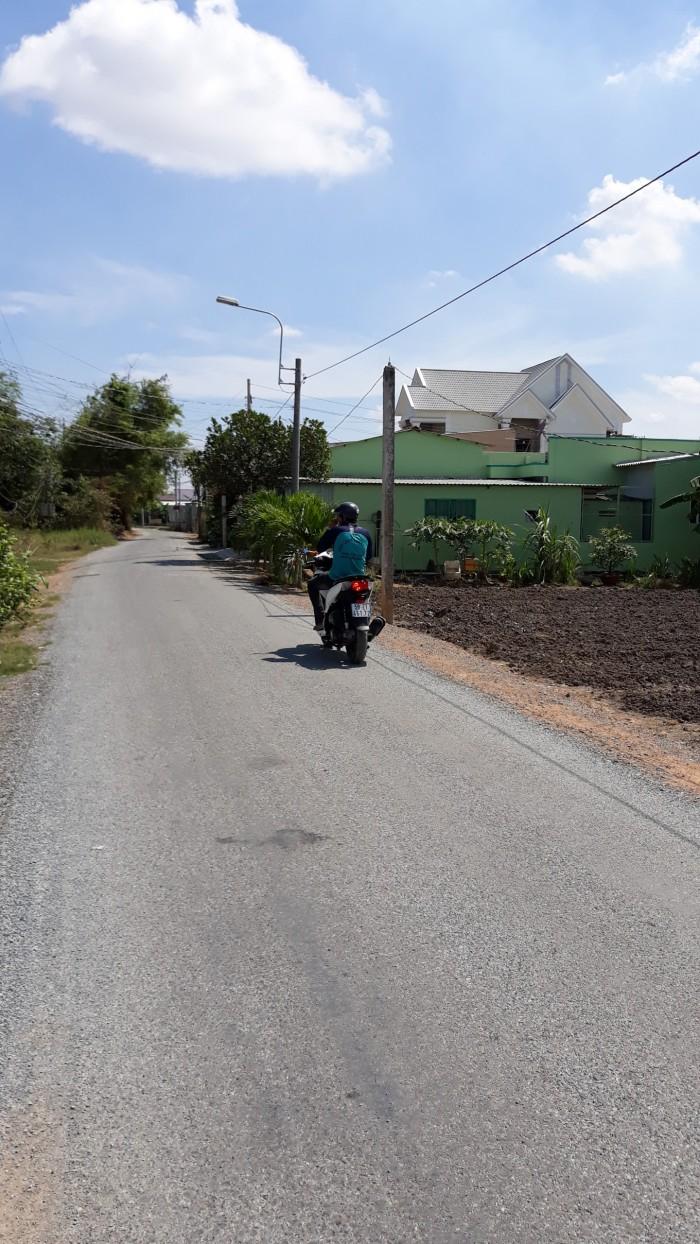 Bán đất nền góc 3 mặt tiền, hẻm 4m ấp Lộc Trung ,xã Mỹ Lộc ,huyện Cần Giuộc ,tỉnh Long An