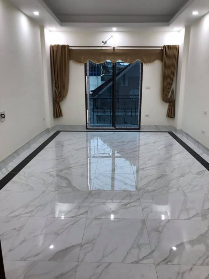 Bán nhà phố Định Công Thượng 5Tầng, DT 45M ,MT5M, Giá 3 Tỷ