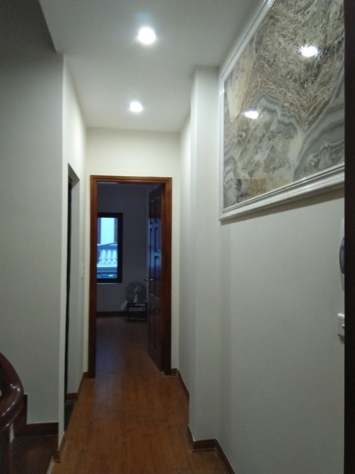 Bán nhà tập thể tầng 5, Nhà C1 (cầu thang 2) Nghĩa Tân, Cầu Giấy.