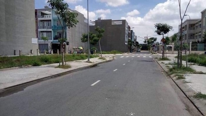 Ngân hàng BIDV thanh lý lô đất đường Hoàng Hữu Nam, quận 9, xây dựng tự do
