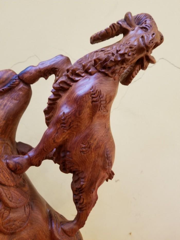 Tượng Dê Như Ý gỗ Hương Việt Nam1