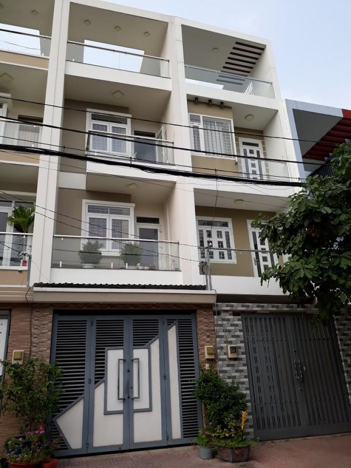 Bán nhà (4x20)3.5 tấm nhà đẹp KDC Bình Phú 1 Q6