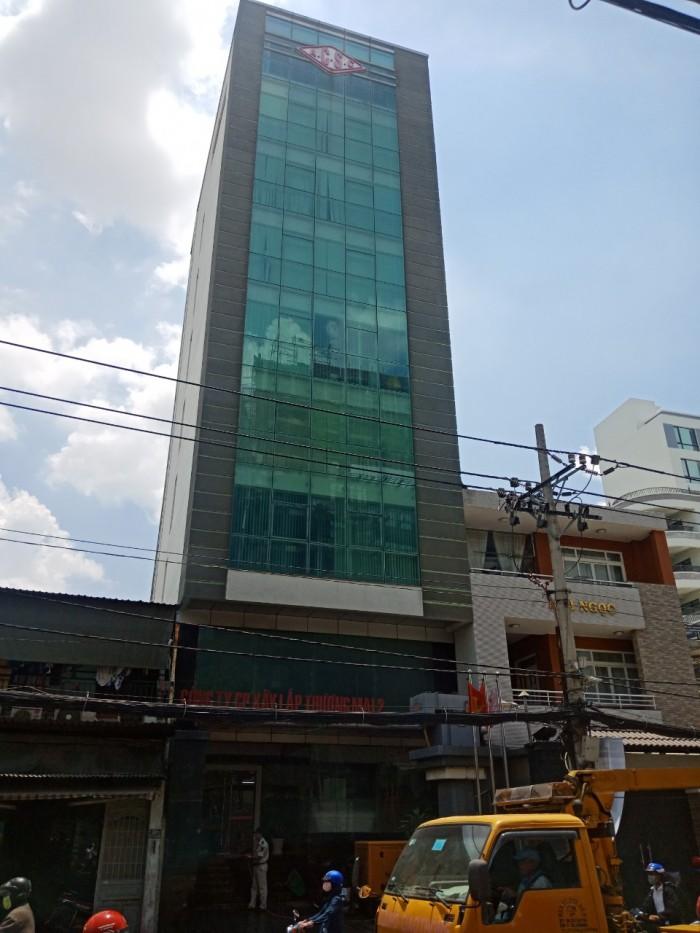 Bán căn hộ dịch vụ 14x15m đường D2,Q.BT siêu víp hầm 7 tầng HĐT giá chỉ 37 tỷ.