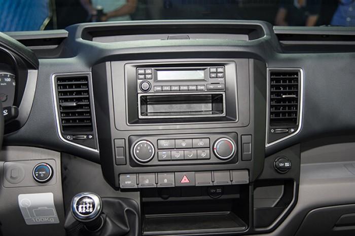 Xe Hyundai Solati 2018 3