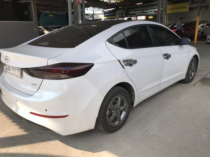 Bán Hyundai Elantra GLS 1.6MT màu trắng số sàn sản xuất 2016 biển tỉnh xe đẹp