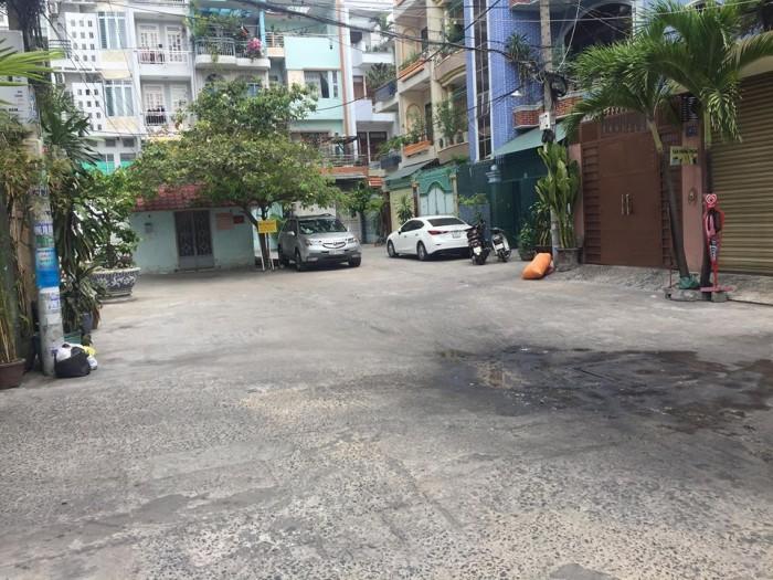 Bán nhà hẻm xe tải Tô Hiến Thành, thách thức đầu tư, 120m2