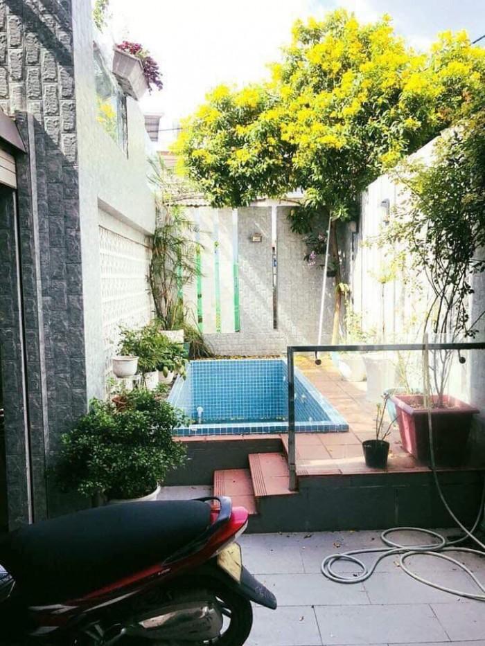 Kẹt tiền Bán gấp biệt thự sân vườn Đường số 8, p11, Gò Vấp