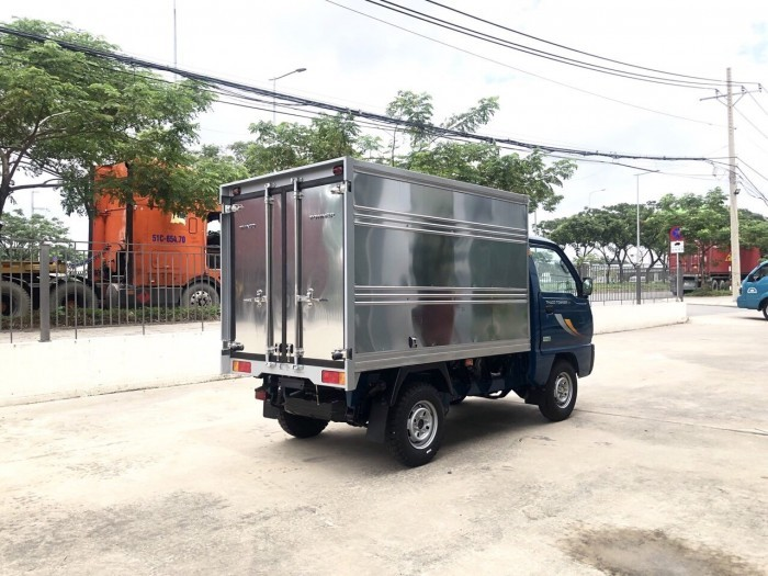 Thaco Towner 800 tải nhẹ 900kg new 100% 1