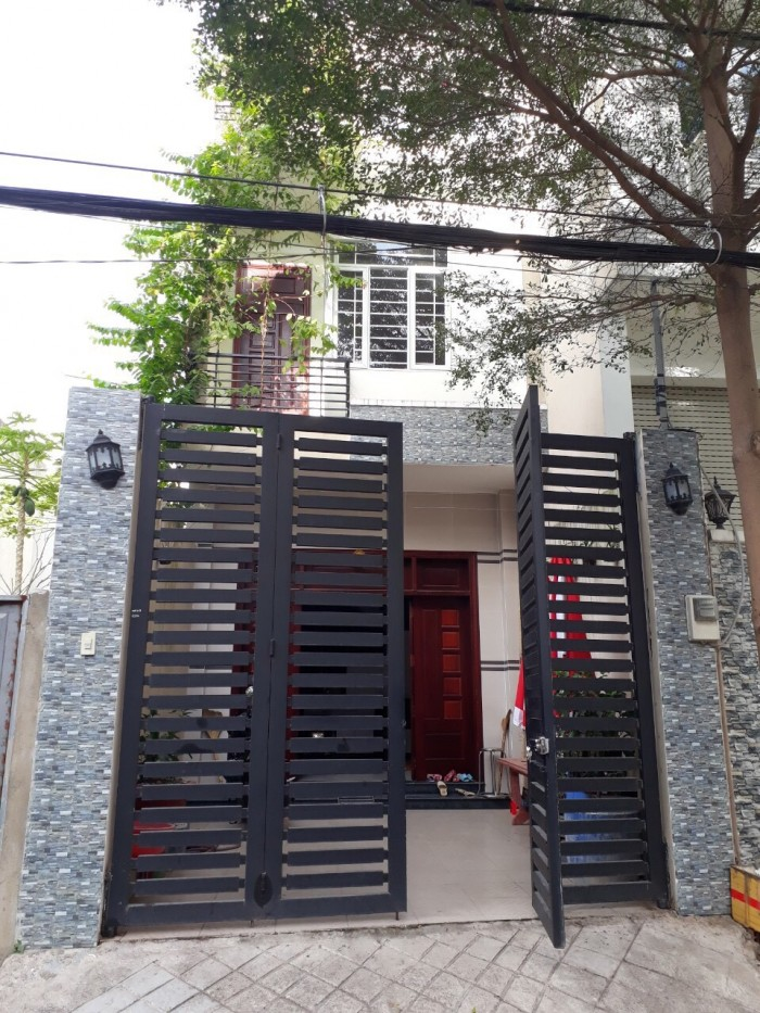 Nhà đẹp 1 trệt 2 lầu đường 30, Linh Đông, quận Thủ Đức 76.8m2