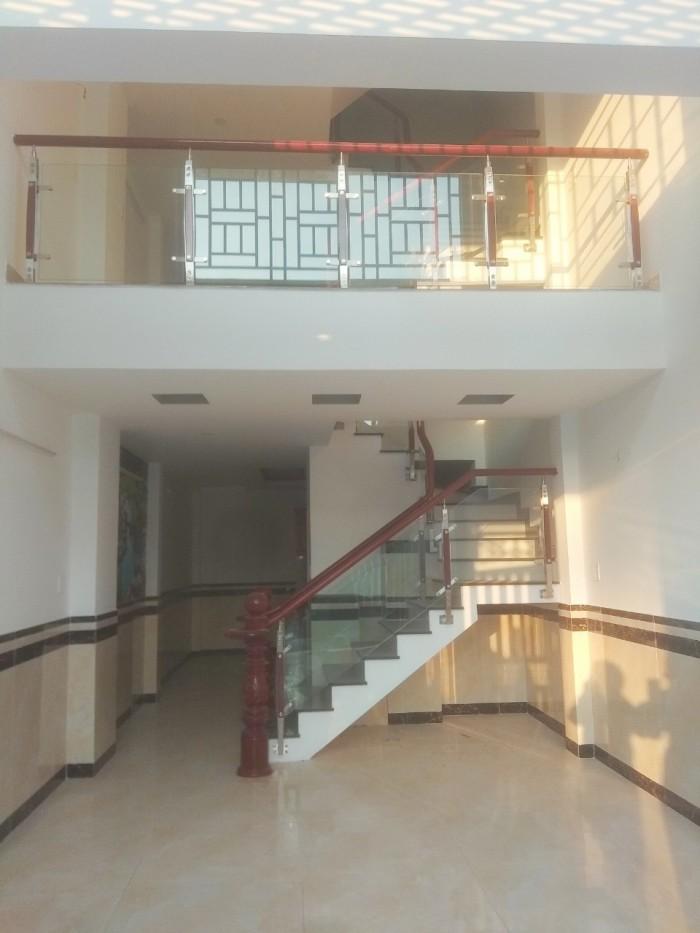 Bán nhà giá cực rẻ siêu hót 1 trệt, 2 lầu Trường Lưu,SHR