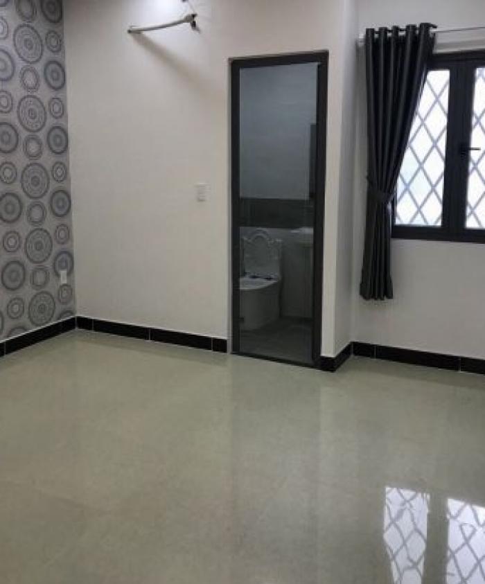 Cần vốn về quê tôi bán nhà đường Lâm Văn Bền,Q7, giá 4,25 tỷ.