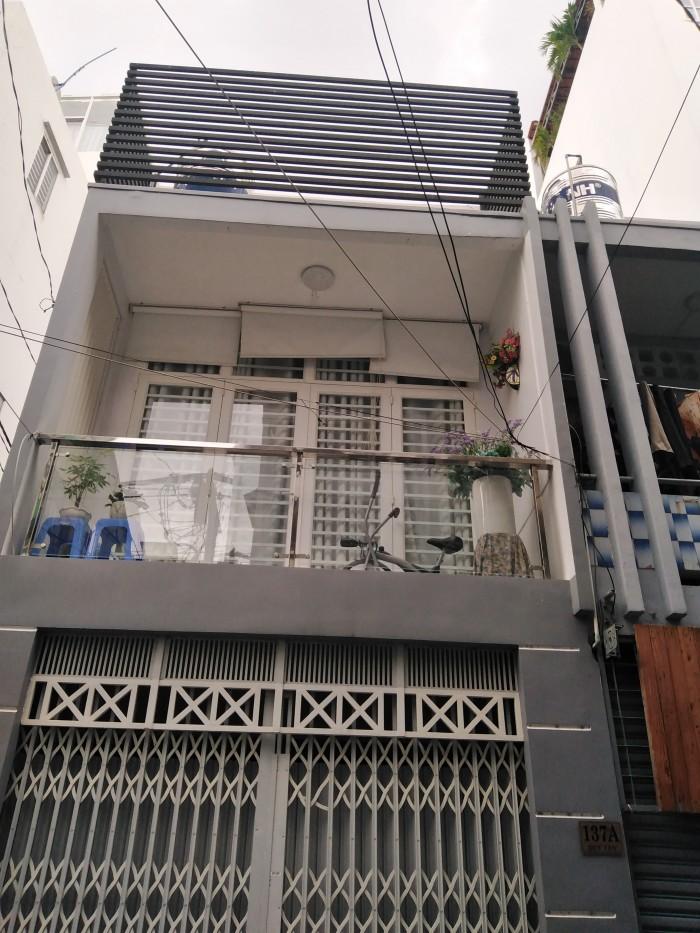 Cần bán nhà HXH Trần Quang Diệu, 70m2