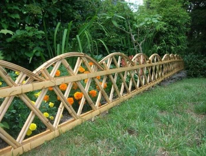 Thi công hàng rào bằng tre trúc Lên hệ Mr Năm: 0912 988 057 6