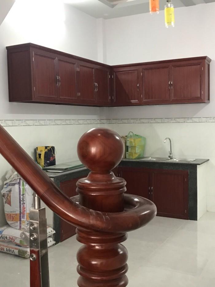 Cần tiền gấp bán căn nhà với diện tích 98m2, mặt tiền đường Nguyễn Trải Q.5 . Giá 4.7 tỷ