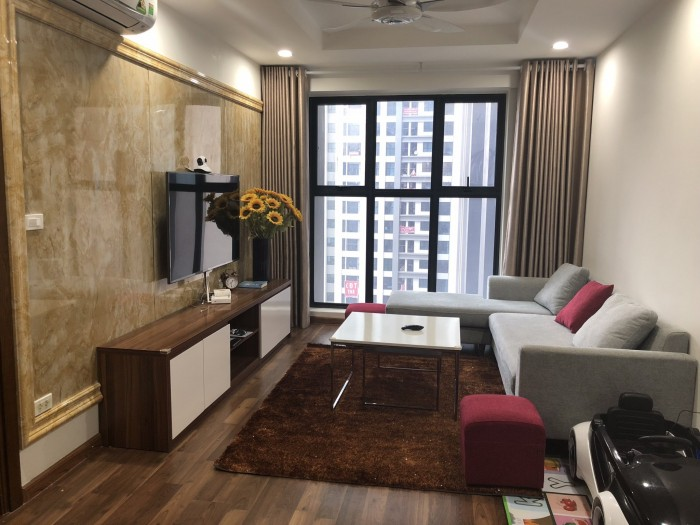 Bán căn hộ R3, căn đẹp giá rẻ, ban công Đông Nam, đã có sổ