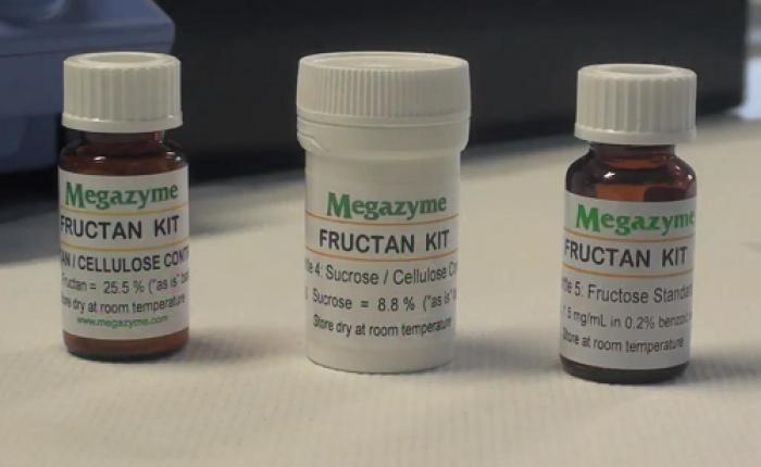 B.Ưu điểm - Rất hiệu quả  - Tất cả các thuốc thử kit ổn định trong> 2 năm...