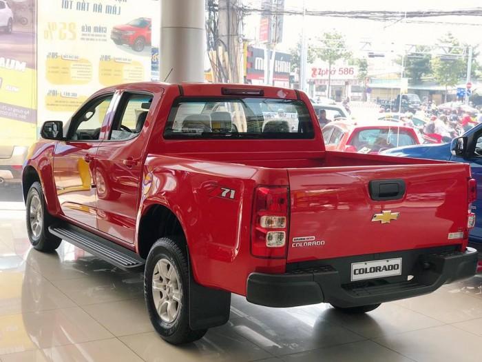 Bán tải 5 chỗ Chevrolet Colorado số tự động 1 cầu, màu đỏ