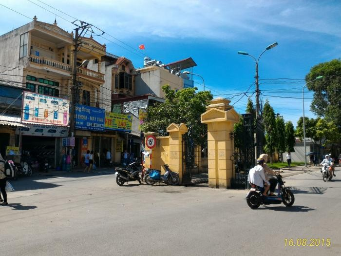 Bán 102m, Mt 9,2m trục chính Cửu Việt, đất vuông vắn sát  cổng làng.