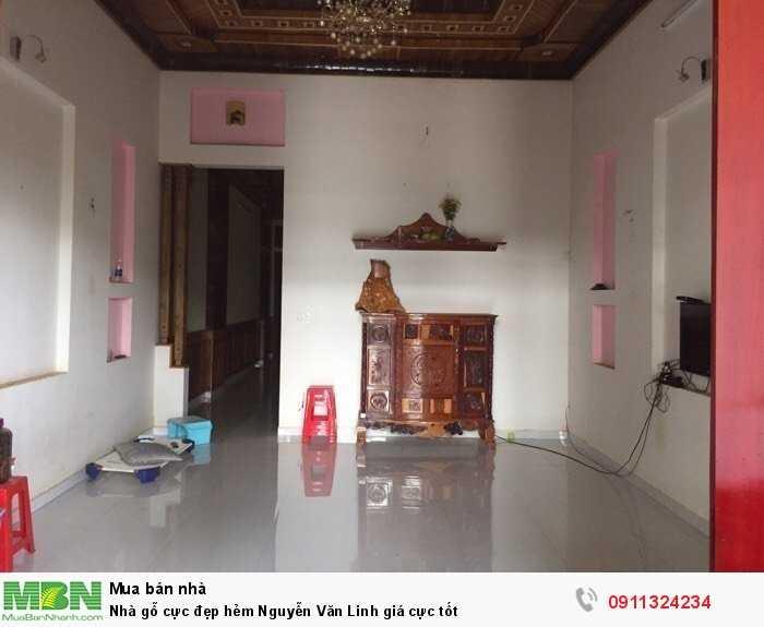 Nhà gỗ cực đẹp hẻm Nguyễn Văn Linh giá cực tốt