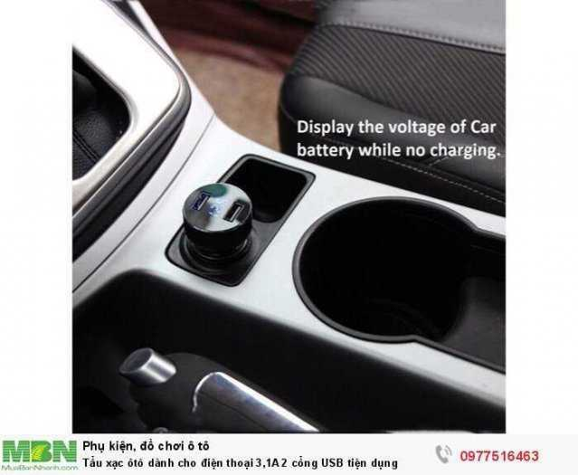 Tẩu xạc ôtô dành cho điện thoại 3,1A 2 cổng USB tiện dụng 1