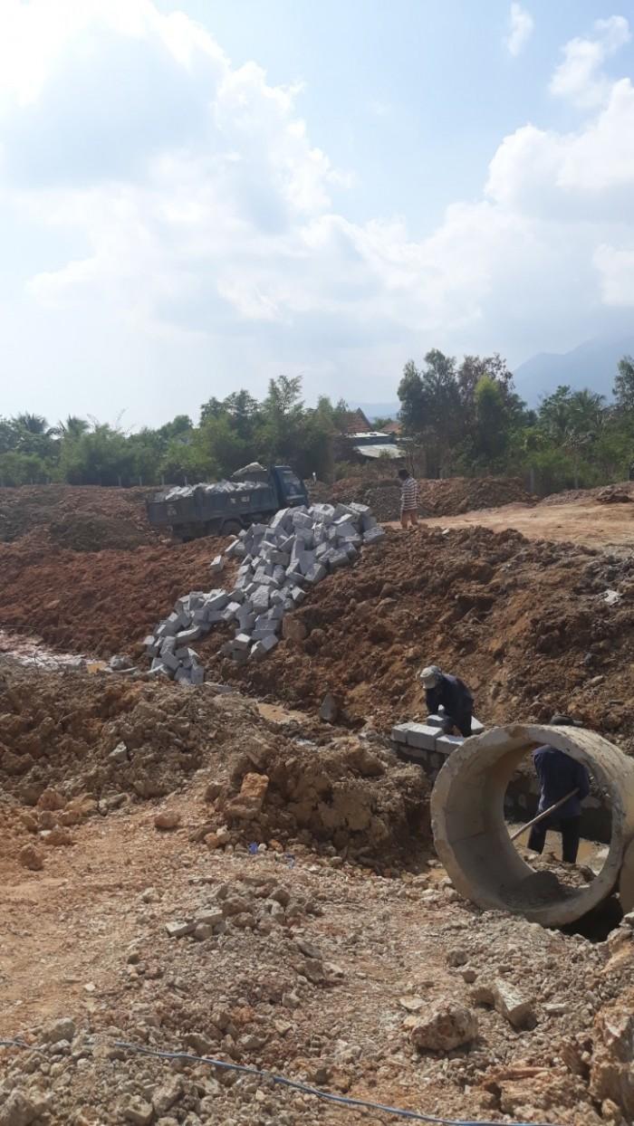Bán đất mặt tiền quốc lộ 1a ngay trung tâm thị xã Ninh Hòa